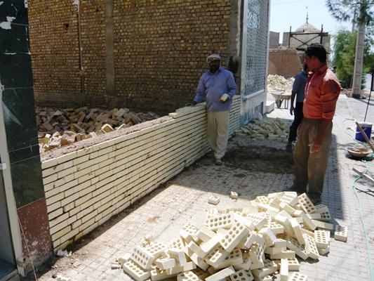 حصار کشی زمین های رها شده در بلوار صاحب الزمان(عج)